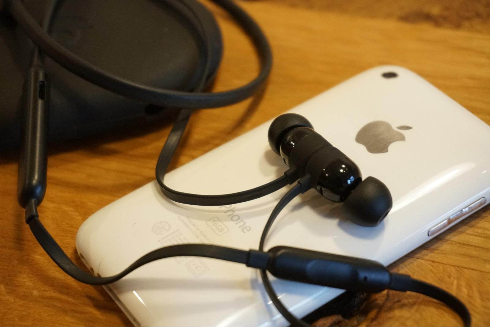 BeatsXとiPhone 3G