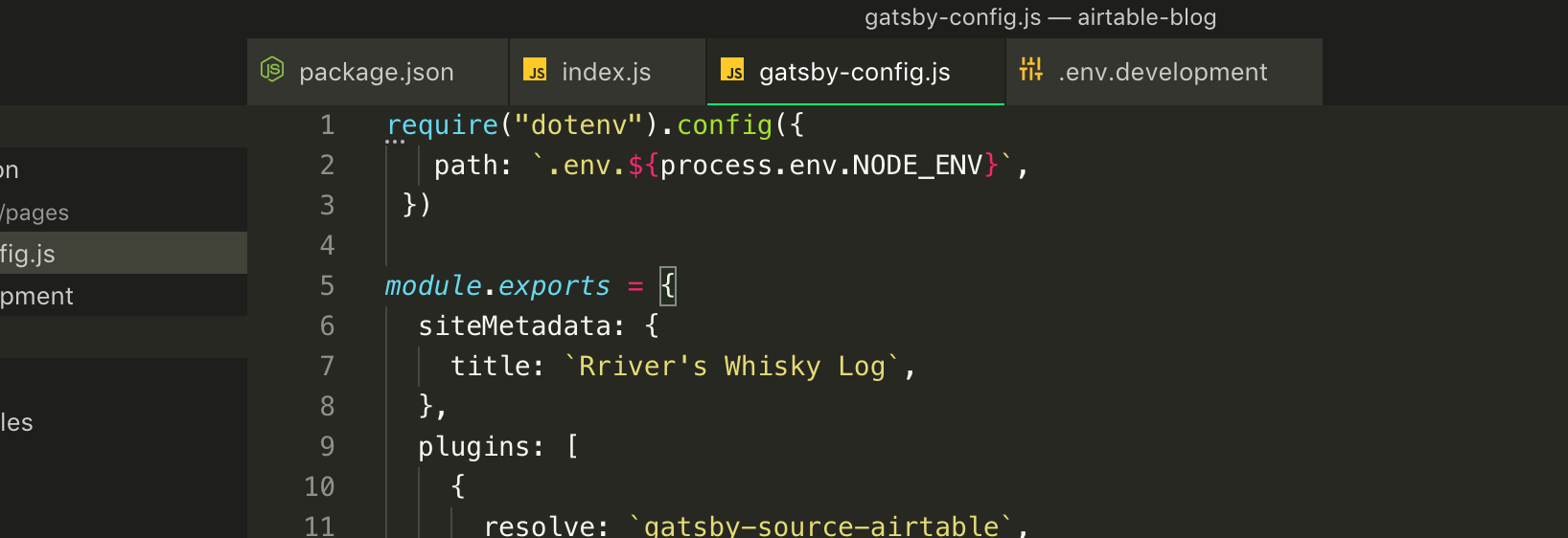 VSCodeのMonokaiテーマのタブ表示のカスタマイズをした画面